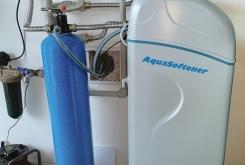 Water Softening AquaSoftener + UV lamp to protect against bacteria